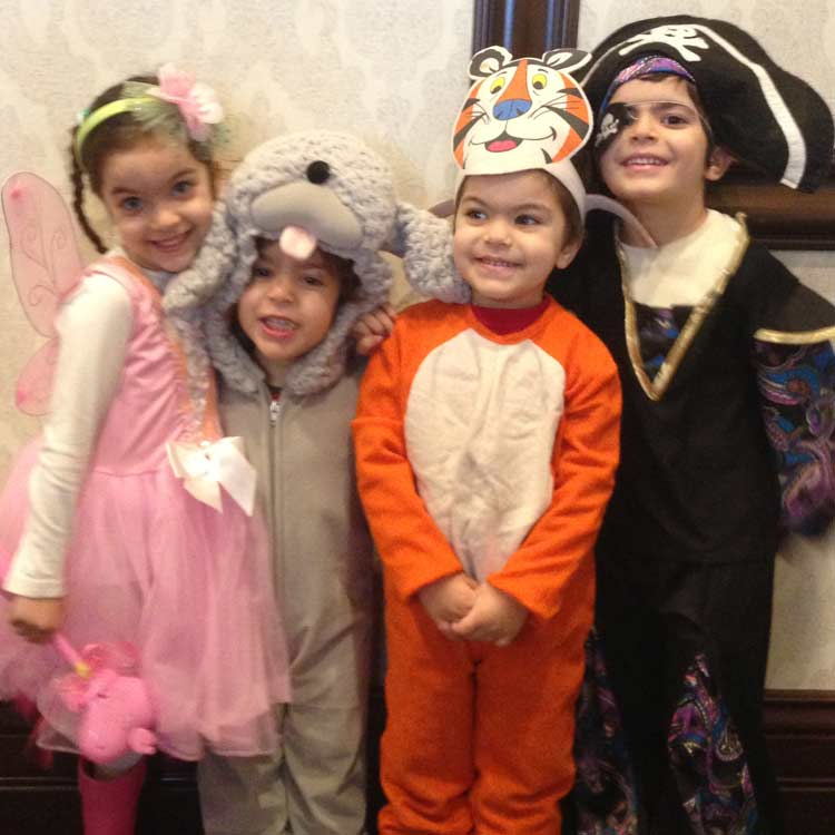 Oorah provides Jewish Families with Shabbat and Holiday Experiences
